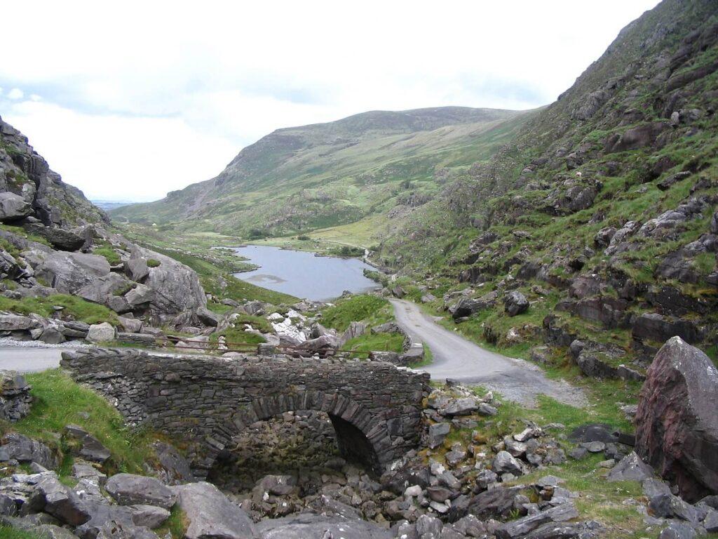 Gap of Dunloe scenic road