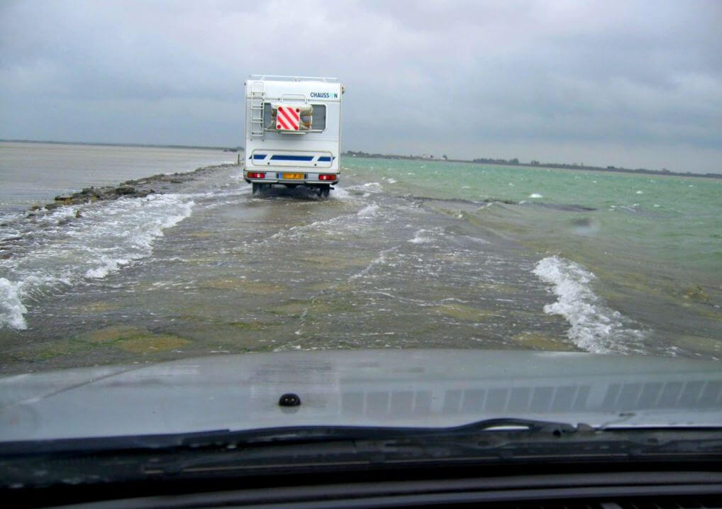 Passage du Gois flooded by the sea