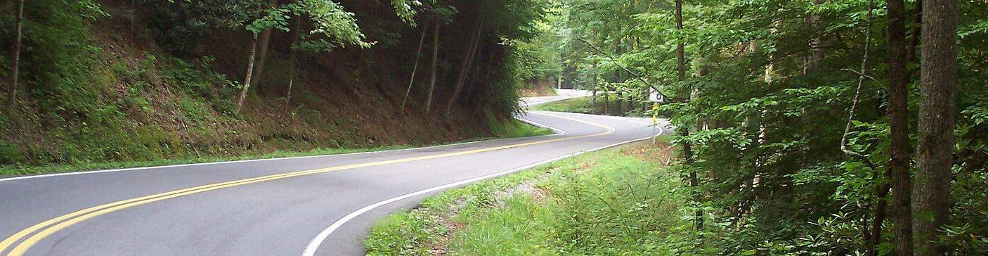 Tail of the dragon road